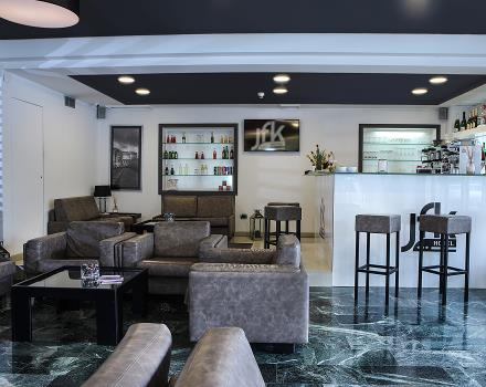 Services, comfort and friendliness at the Hotel JFK 3 star Naples