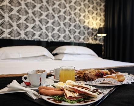 Comfort, elegance and deluxe room services of BW Hotel JFK in Naples